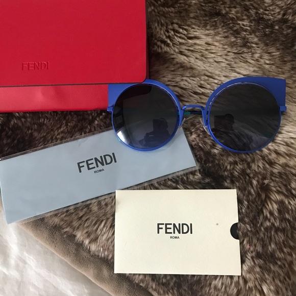 ebdcf878140 Brand new Fendi cat eye sunglasses